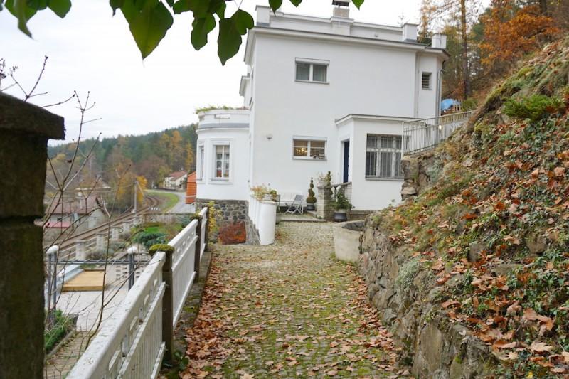 Дом 5+1, 599 м2, Chocerady