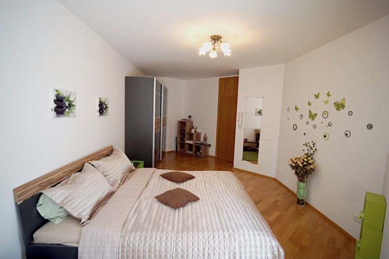 Квартира 4+кк, 125м2, Žižkov